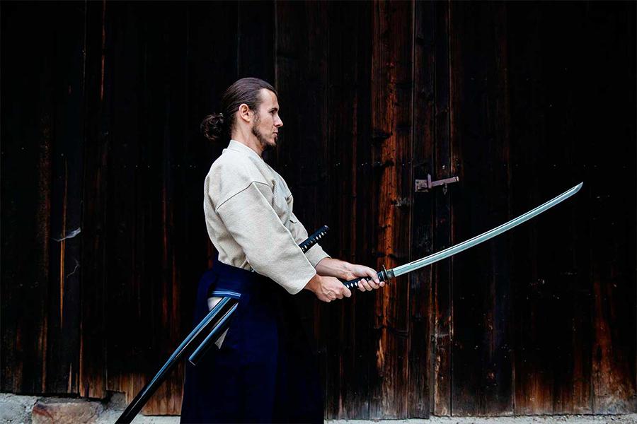 Christian Ameseder mit Schwert